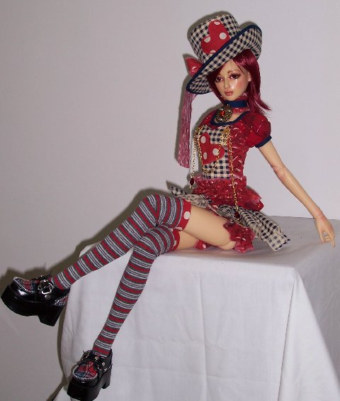 Valentine-outfit-for-Implidoll