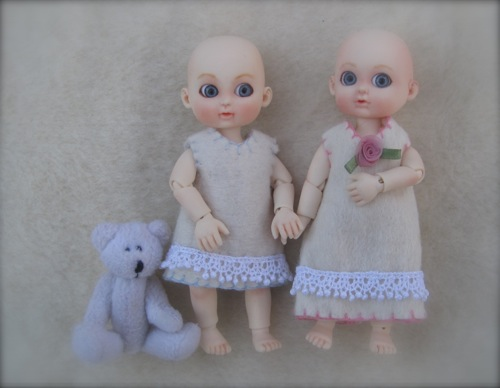 Doll Leaves Milk & Cherry with pattern shrunk to 66 2/3%