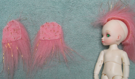 Wig side piece showing how it covers the side of the head
