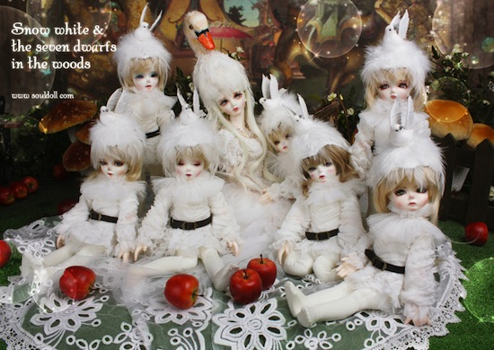 Diammah with Soul Sweet dolls In the Forest versions