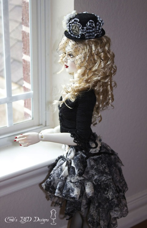 White skin Elly girl, face-up by Cristy Stone, outfit by Cindi Stowell