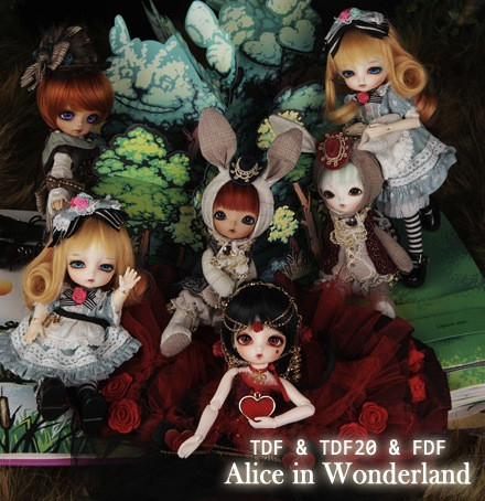 All dolls (including fabric Delf rabbits)