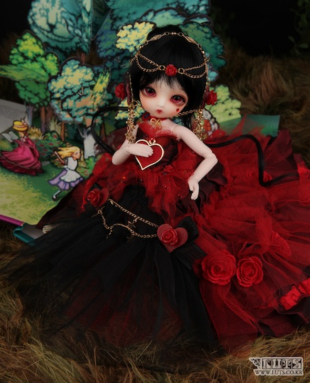 Queen of Hearts (Gretel head)