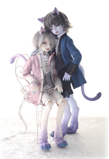 Cheshire Cat - The Twins111