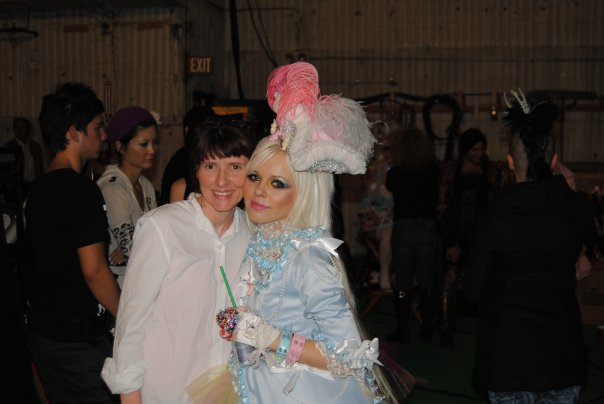 Paulette-and-Kerli-at-video-Shoot