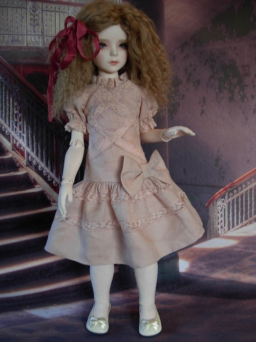 Lexie Torres models a beautiful Wee Wardrobe dress made of vintage fabrics. Isn't it gorgeous?