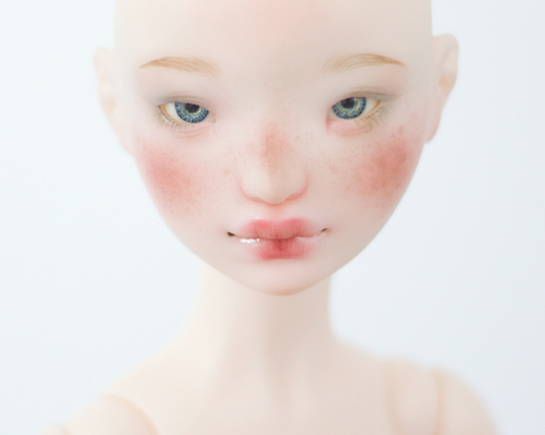Face-up by Esthy (limited to 16)